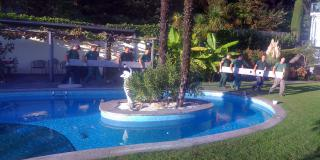 Full service, pool garden and granite